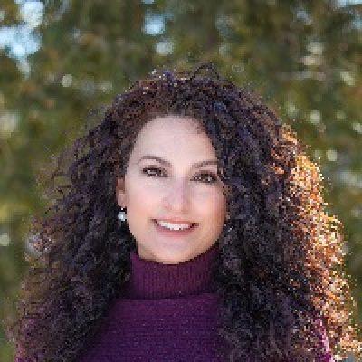Erin Blakely Bio